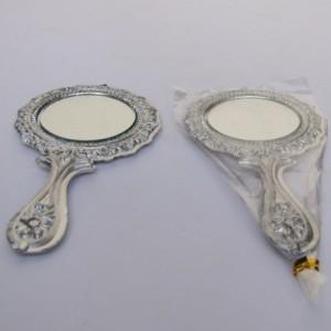 Souvenir Kaca Mawar