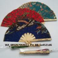 Souvenir Kipas Batik Kemasan Plastik