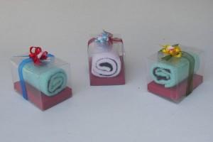 Souvenir Towel Gulung