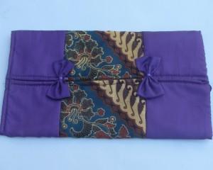 Souvenir Tempat Tissue Satin Batik
