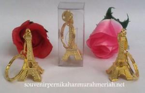 Souvenir Gantungan Kunci Menara Eiffel