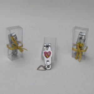 Souvenir Gunting Kuku Love Mika